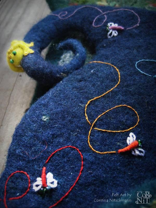 Sommerblaue Filztasche mit Frosch